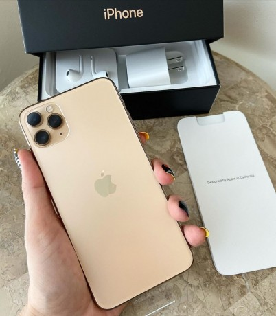 nuevo-original-apple-iphone-11-pro-max-oro-con-apple-watch-250-venta-bonanza-big-1